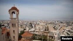Пошироката област во Атина, каде што живее половина од грчкото население, е под строги ограничувања.