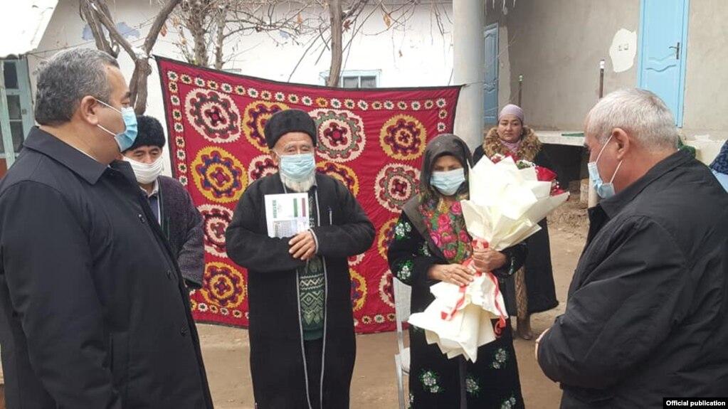 Глава Хатлона поручил отремонтировать дом родителей пятерняшек, родившихся накануне Нового года