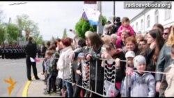 Керченский Парад Победы: ни одного украинского флага, советская военная техника и возвращение домой.