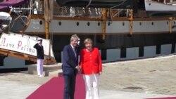 Merkel i Makron na forumu u Trstu