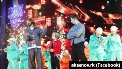 Филипп Киркоров на сцене конкурса, 7 октября 2020 года