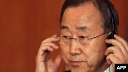 """أمين عام الأمم المتحدة بان كي مون في مؤتمر """"الإصلاح والإنتقال نحو الديمقراطية"""" في بيروت."""