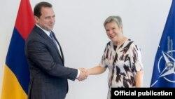ՀՀ պաշտպանության նախարար Դավիթ Տոնոյանի և ՆԱՏՕ-ի գլխավոր քարտուղարի տեղակալ Ռոուզ Գյոթեմոլլերի հանդիպումը, Բրյուսել, 8-ը հունիսի, 2018թ․