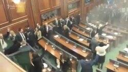 Gaz lotsjellës për herë të tretë në Kuvendin e Kosovës