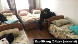 Узбекистанец, содержащийся на карантине в лагере «Сокол» в городе Чирчике Ташкентской области.
