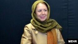 فریال مستوفی