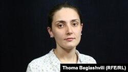მარიამ მხატვარი, EMC-ს იურისტი-ანალიტიკოსი