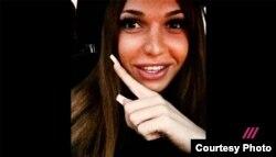 """Альбина Матюнина (Фото из видеосюжета телеканала """"Дождь"""")"""