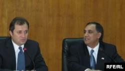 U.S. Ambassador to Moldova Asif Chaudhry (right) and Moldovan Prime Minister Vlad Filat