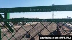 Железнодорожный мост в Туркменабаде (иллюстративное фото)