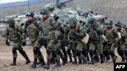 Российские войска во время военных учений, март 2015 года