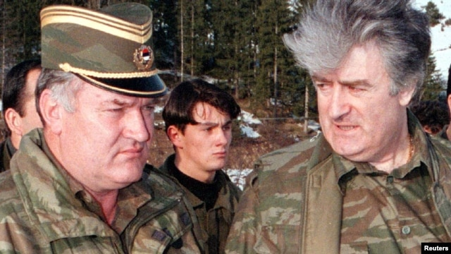 Former Bosnian Serb leader Radovan Karadzic (right) and his wartime commander Ratko Mladic