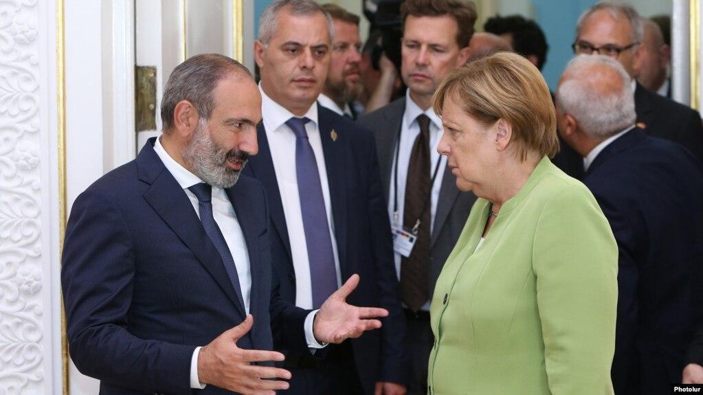 «Важно разрешить карабахский конфликт в хорошей атмосфере» - Меркель
