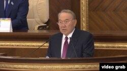 Қазақстан президент Нұрсұлтан Назарбаев 6-is шақырылымдағы Қазақстан парламентінің 4-сессиясының ашылуында сөйлеп тұр. Астана, 1 қыркүйек 2018 жыл.