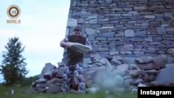 Рамзан Кадыров во время физических упражнений