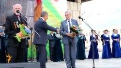 Миңнеханов быелгы Тукай бүләкләрен тапшырды