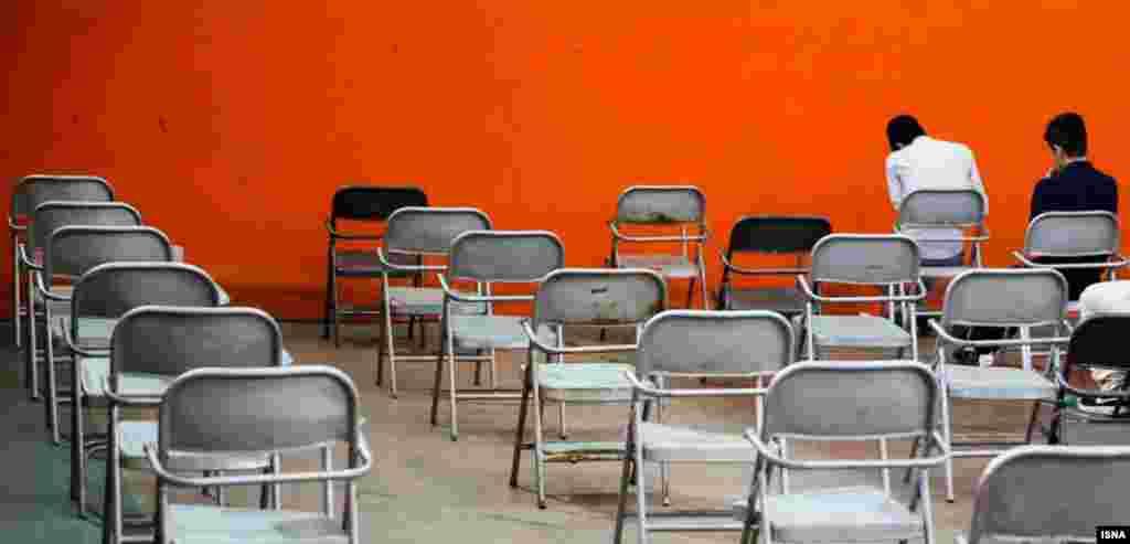 تلاش تا آخرین نفس، تا آخرین صندلی.