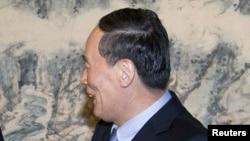 Қытай вице-премьері Ван Цишань. Бейжің, 25 шілде 2012 жыл.