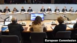 Тристоронні переговори між Україною, ЄС та Росією у Брюсселі. 21 грудня 2015 року