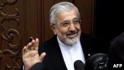 علی اصغر سلطانیه، نماینده جمهوری اسلامی ایران در آژانس بینالمللی انرژی اتمی.