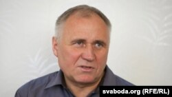 Belarusian opposition leader Mikalay Statkevich (file photo)