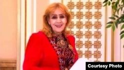 Туркменская поэтесса Гозель Шагулыева. Фото: Альтернативные новости Туркменистана.