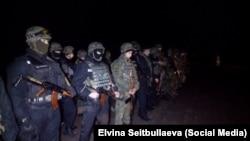 Силовики намагаються відтіснити учасників блокади Криму, Херсонська область, 21 листопада 2015