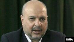 وزیر بازرگانی متهم شده است که به نمایندگان پاسخگو نیست.(عکس: ایسنا)
