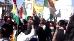 كرد سوريون يتظاهرون في دهوك