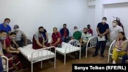 Сотрудники скорой помощи Нур-Султана требуют надбавок за работу с заразившимися COVID-19, 14 мая 2020