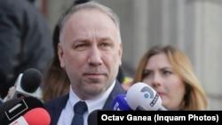 Licu nu le-a răspuns jurnaliștilor de o posibilă campanie pentru obținerea postului de procuror general. Așteaptă pronunțarea instanței din Slatina în cazul adopției Sorinei