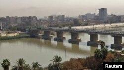 نهر دجلة لدى مروره ببغداد