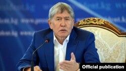 Алмазбек Атамбаев на пресс-конференции. 24 июля 2017 года.