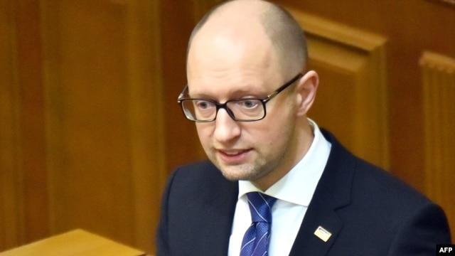 Ukrainian Prime Minister Arseniy Yatsenyuk's coalition partners appear set to oust his government.
