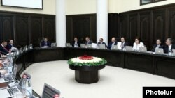 Armenia - A weekly cabinet session in Yerevan, 26Jul2012.