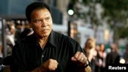 Легендарный боксер Мохаммед Али.