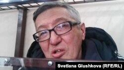 Пастор Бақытжан Қашқымбаев сотта отыр. Астана, 17 ақпан 2014 жыл.