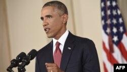 Միացյալ Նահանգների նախագահ Բարաք Օբաման ելույթի ժամանակ, արխիվ