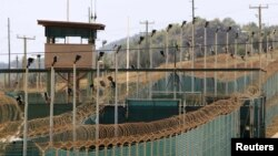 АҚШнинг Куба оролидаги Гуантанамо қамоқхонаси.
