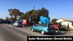 Учасники блокади Криму біля адміністративного кордону з півостровом
