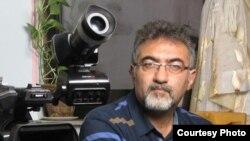 İranda İslam inqilabından sonra azərbaycanca ilk filmləri çəkən rejissorlardan biri Rza Siami.