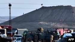 Kobaninin ən yüksək nöqtəsində İŞİD bayrağı dalğalanır - 6 oktyabr 2014