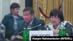 Предприниматель узбекского происхождения Кадыржан Батыров, бежавший в Европу из Кыргызстана, участвует в конференции ОБСЕ в Варшаве. 21 сентября 2016 года.
