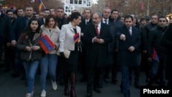 Armenia - Prime Minister Nikol Pashinian leads a demonstration on the 11th anniversary of deadly post-election violence in Yerevan, March 1, 2019.