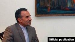 Посол Ирана Мохаммад Реиси на встрече с главой МИД Армении Эдвардом Налбандяном, Ереван, 4 октября 2015 г.