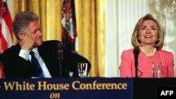 Продолжение политики: уран и Клинтон