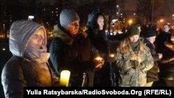 Захід відбувся біля пам'ятного хреста героям Небесної сотні та загиблим на Донбасі українським військовим