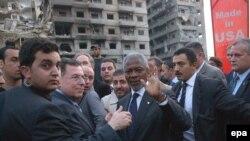 По мнению экспертов, устаревшая структура ООН и дальше будет тормозить ее работу. Аннан на руинах Бейрута. ООН не удалось ни предотвратить войну в Ливане, ни прекратить ее в самом начале