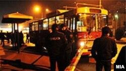 Policia e ka bllokuar autobusin ku u rrahën 15 nxënës shqiptarë