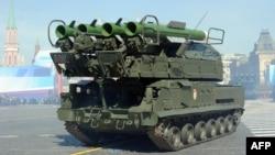 Російська система повітряної оборони Бук-2М на параді на Червоній площі в Москві